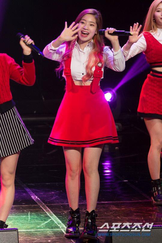 MBC標準FM「女性時代」に出演中のTWICEダヒョン
